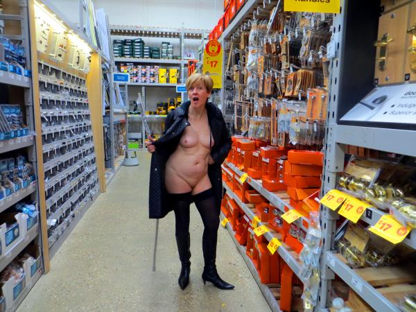 ModestyHardwareStore1