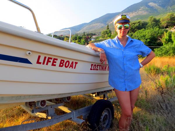 ModestyAblazeLifeboat1